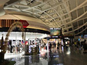 2019バリ島ングラライ空港11