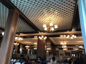 イーストサイドカフェ店内の様子